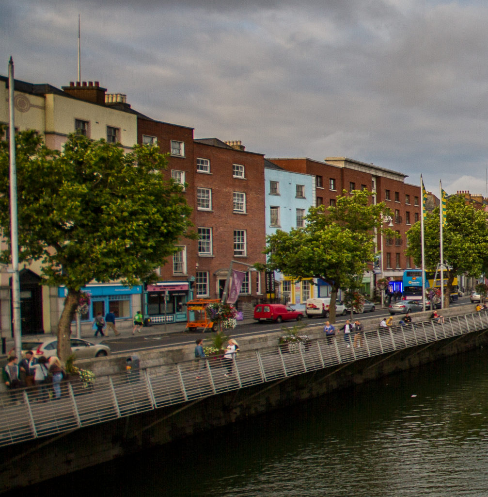 Dublin - river Liffy pano - 1