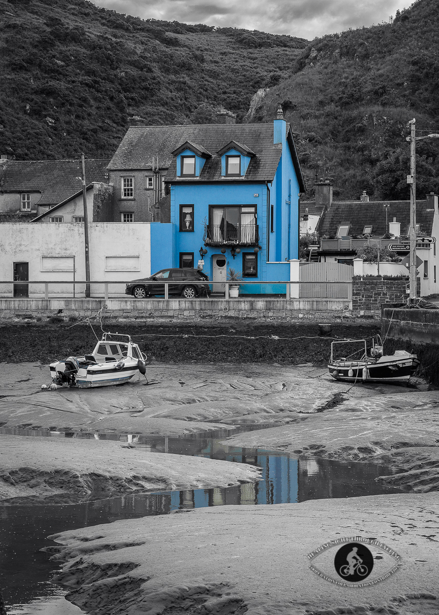 Blue building in the East Passage harbour - BW - Selective colour - blue