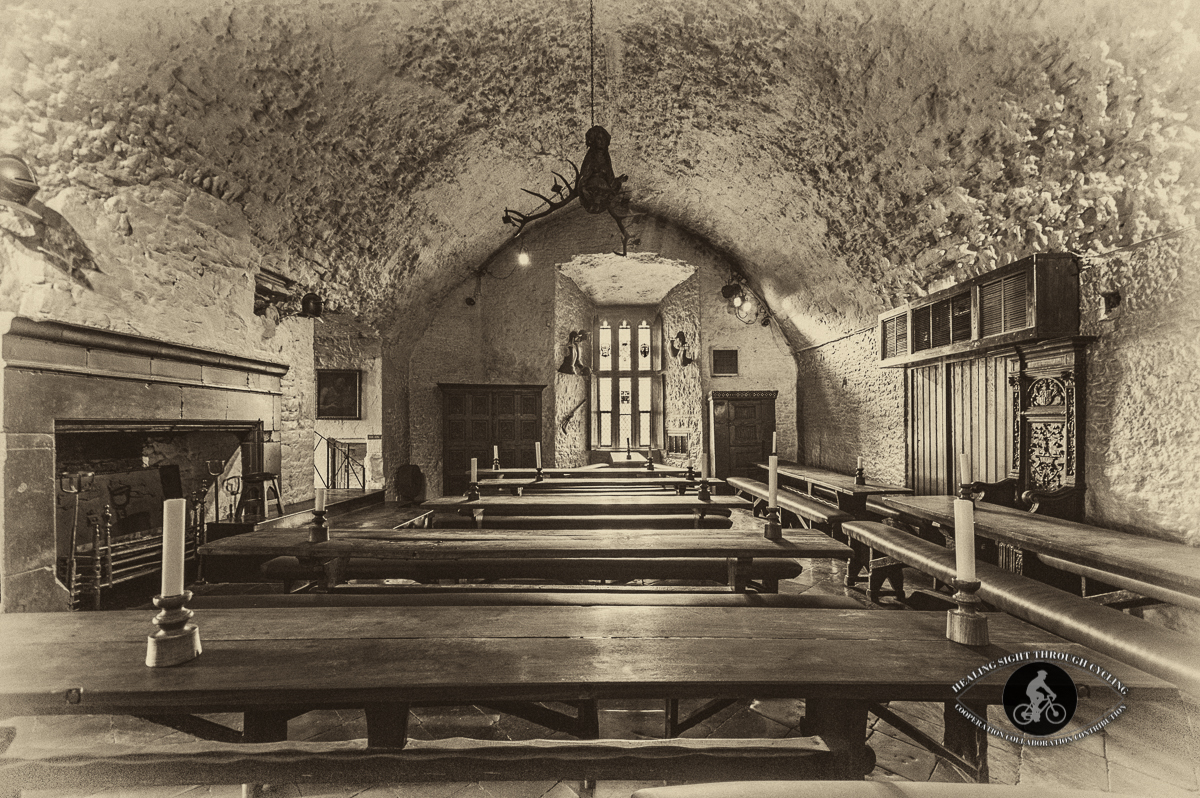 Bunratty Castle - Banquet room - Sepia